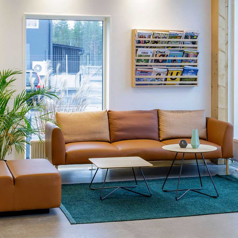 Martela's Nooa sofa and Scoop tables at ALFA's head office in Jönköping, Sweden