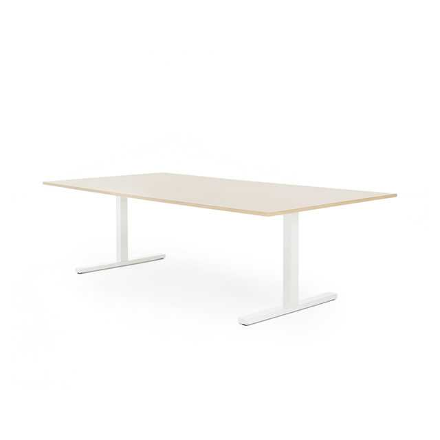 Frankie desk by Martela