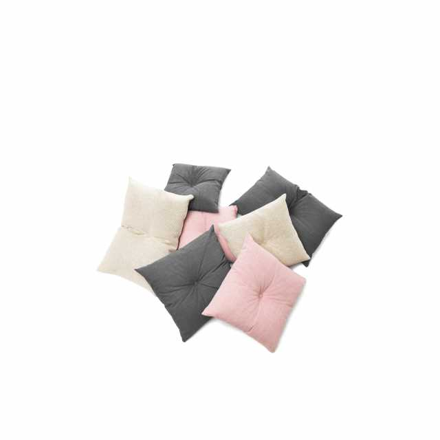 01_Decorative_cushions_group_001_web.jpg