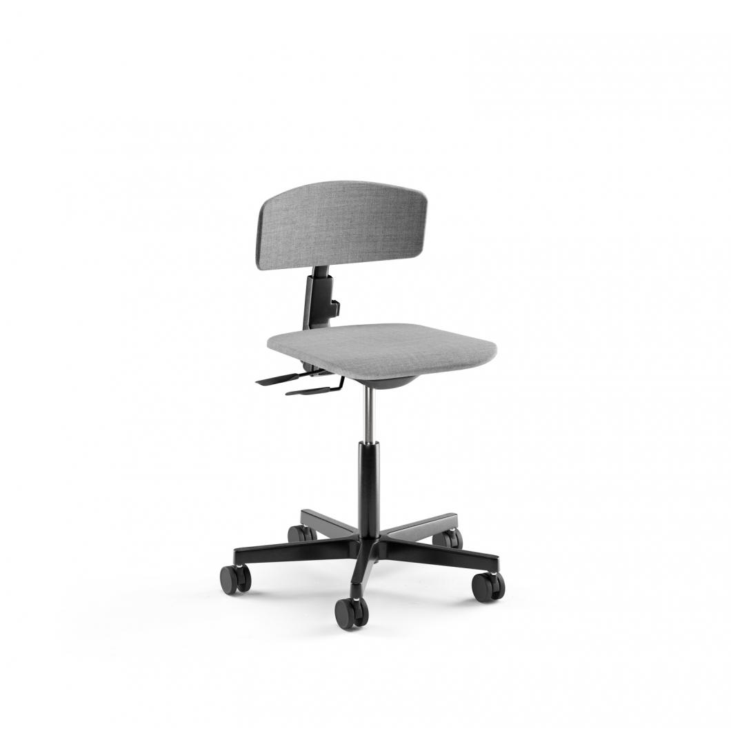 Elly_task_chair_001_web.jpg