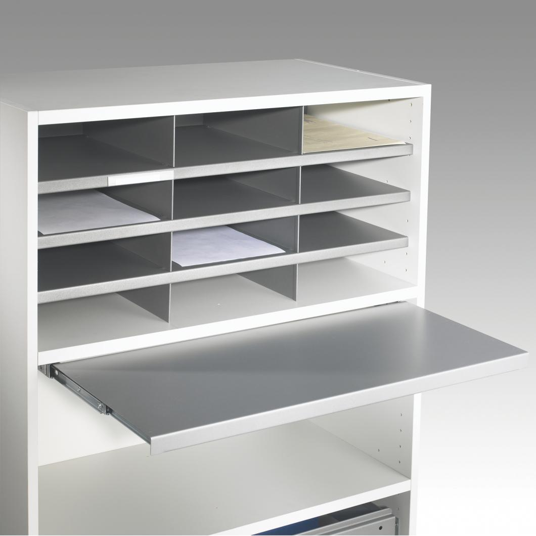 Pull-out_shelf_01_web.jpg